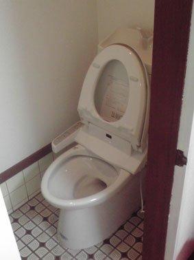 新しいトイレ取付